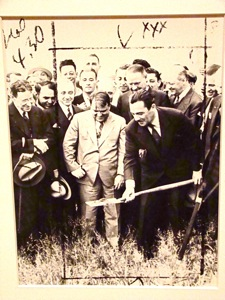 robert moses 1939 worlds fair nyc mayor fiorello laguardia president grover whalen photo 1939 nyc worlds fair